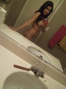 slim hot body of girl in delhi bathroom